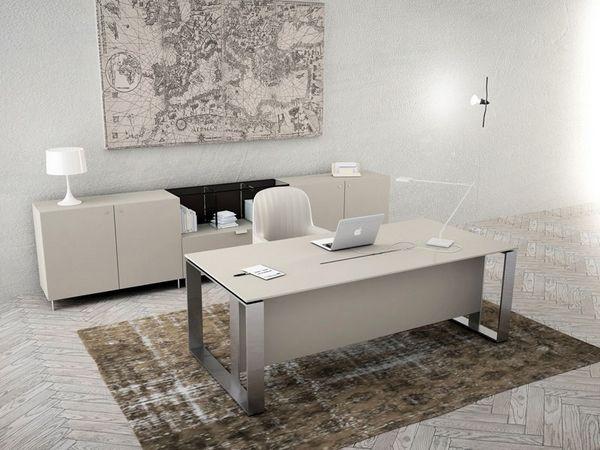 Biała komoda biurowa z szafkami