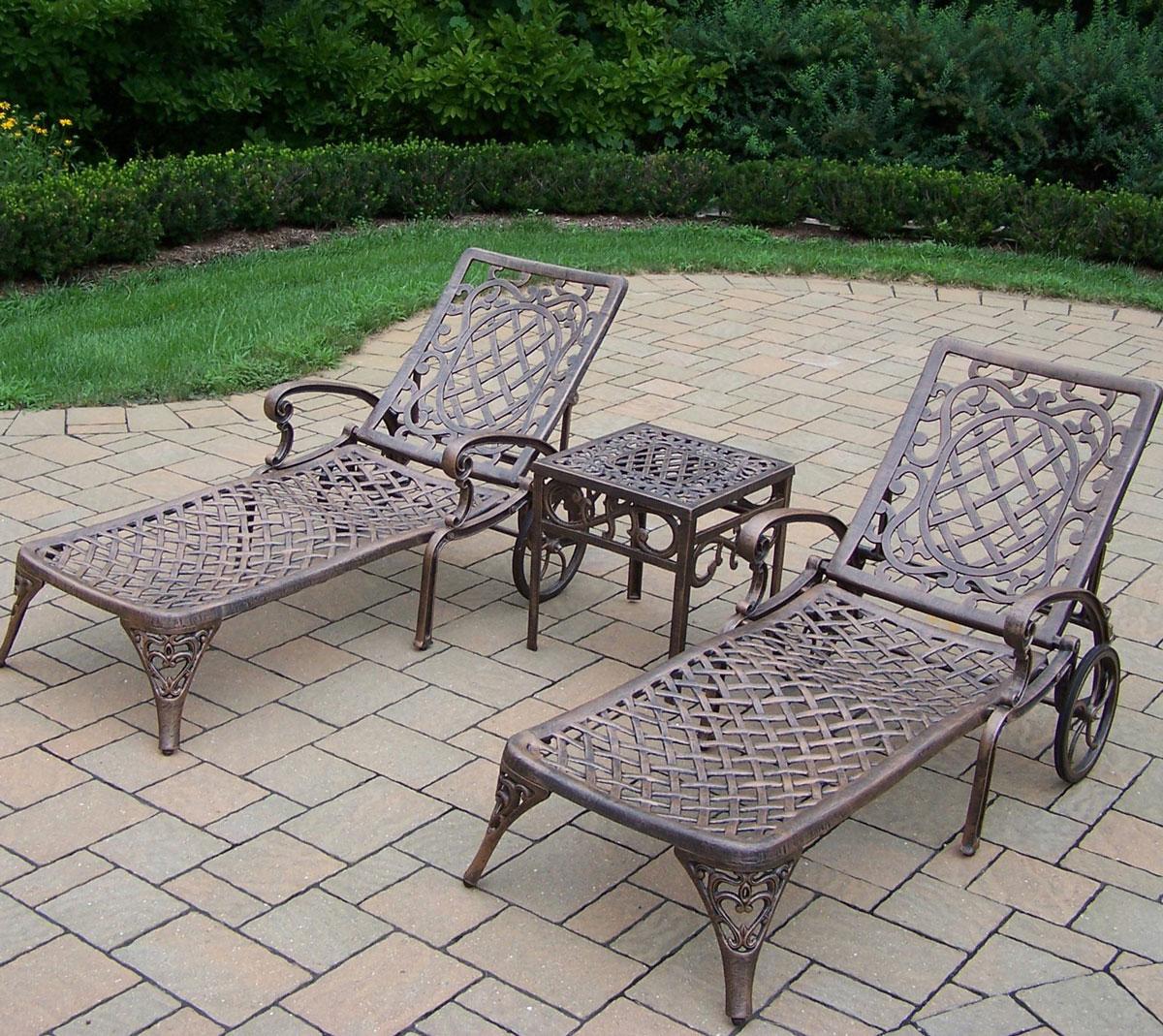 Metalowe, stylowe, ozdobne leżanki, leżaki ogrodowe na taras