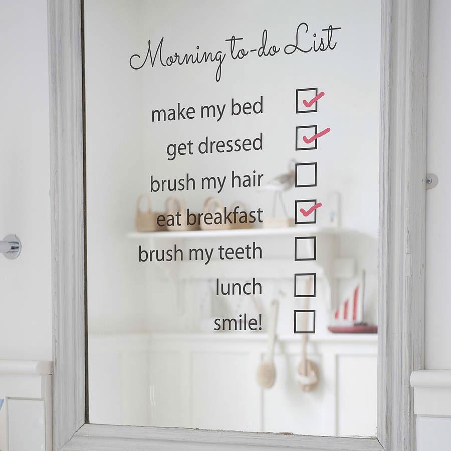 Oryginalna naklejka na lustro łazienkowe z listą porannych czynności do odhaczenia
