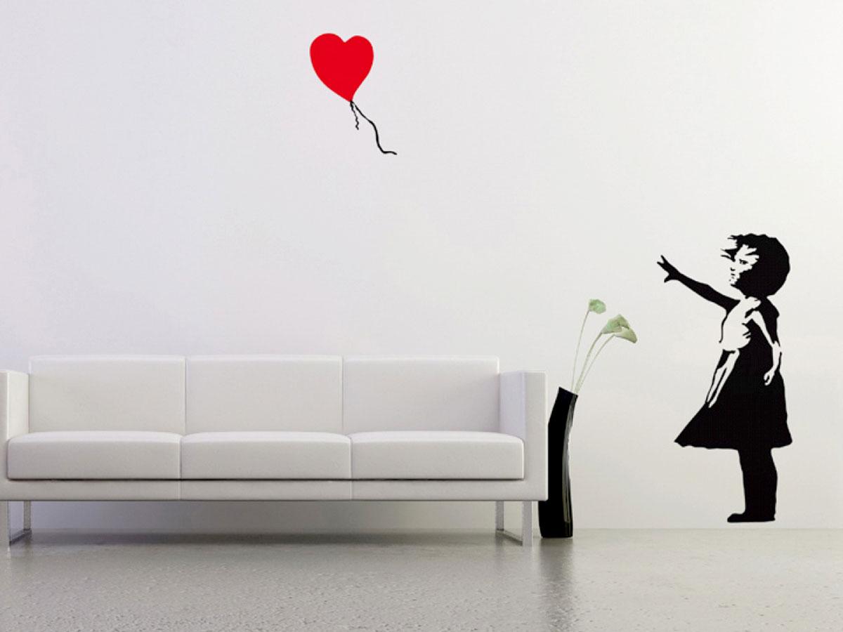 Naklejki ścienne jak The Banksy Balloon Girl to przykład ozdoby na walentynki, która w nieszablonowy sposób wyrazi miłość