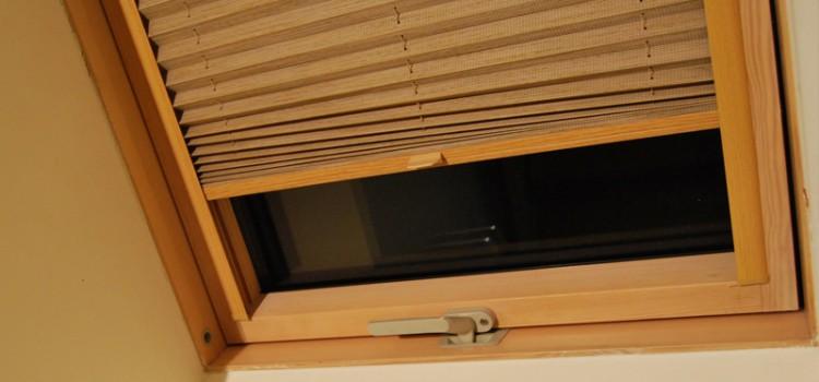 Żaluzje plisowane do okien dachowych i w ogrodach zimowych