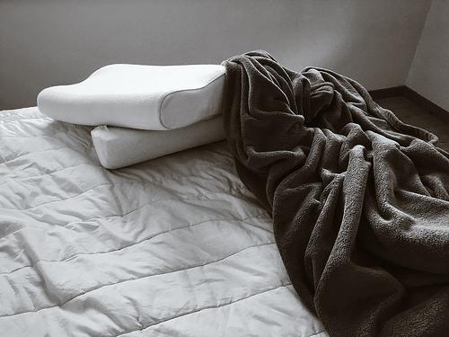 Materac nawierzchniowy - wygodny i komfortowy sen
